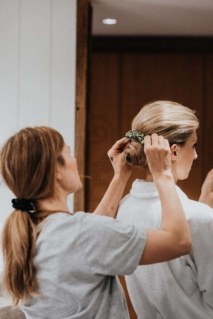 Hochzeit im Montafon Getting Ready Hair & Make Up