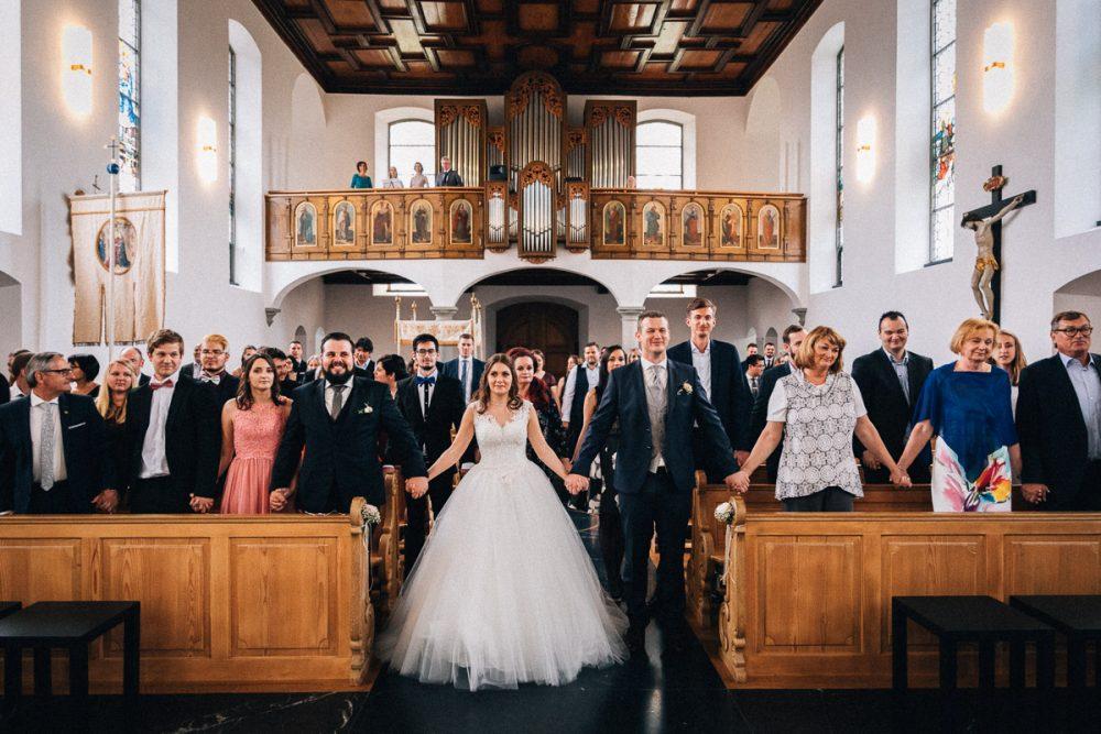 Trauung Hochzeit Bildstein mit Gästen